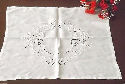 """Extra Fine Vintage Embroidered White Work Table Topper Center 20""""sq"""