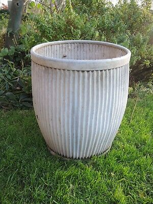 Genuine Vintage Galvanised Dolly / Peggy Wash  Tub  (1203)