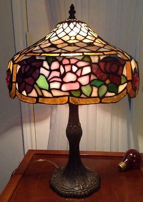 Tiffany Style Stained Glass One Light Art Decor Table Lamp Handcrafted