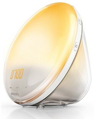 Philips HF3520/01 Wake-Up Light Sonnenaufgangfunktion, digitales FM Radio, Weiß