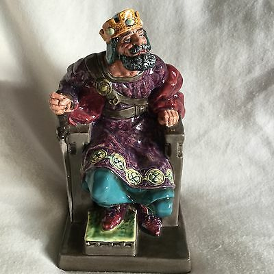 Vintage Royal Doulton Figurine 'The Old King' HN 2134 Very large piece 27cm Tall