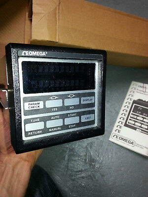 Omega programmable Temperature Controller CN2011R-F1 digital temp plc pid cn2010