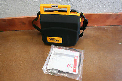 Physio Control Medtronic LifePak 500 tested and working with Pads and Battery