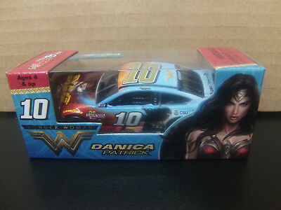 Danica Patrick 2017 Wonder Woman #10 Fusion 1/64 NASCAR Monster Energy Cup