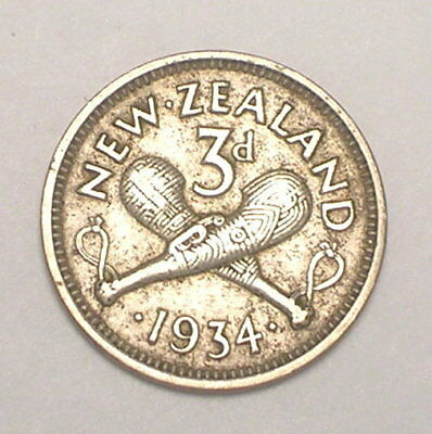 1934 New Zealand Three 3 Pence Crossed Palu Clubs Silver Coin VF