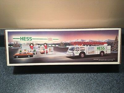 New Never used  1989 Hess Fire Truck MIB