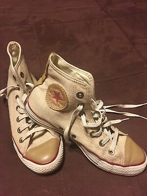 Converse All Star Hi Top Women - bought in Europe very rare ! ! Size 9