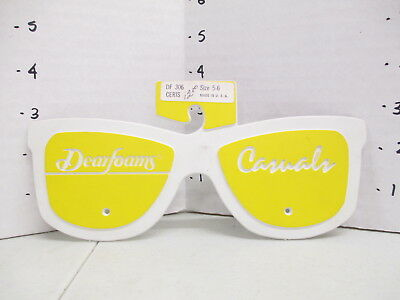 DEARFOAMS CASUALS 1960s store display sunglasses RG Barry women clothing shoes