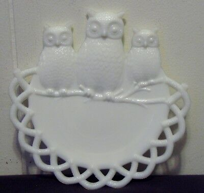 Vintage Westmoreland White Milk Glass Wise Owl Trio Plate - Pat.  July 2, 1901