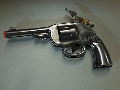 Vintage Early Wyandotte Toys Red Ranger Silver Jeweled Clicker Gun