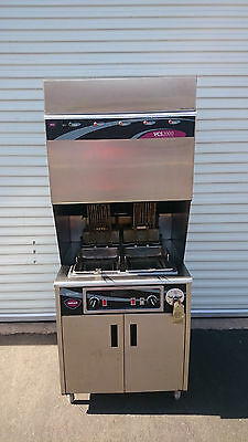 Wells VCS2000 Ventless Cooking System Fryer Model WVF-886 in Electric 208V