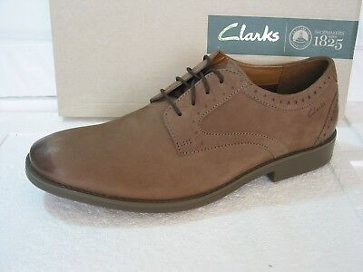82159e673a8 CLARKS BANFIELD LEATHER Tan Lace Up Shoes size Uk 9 BRAND NEW WITH ...