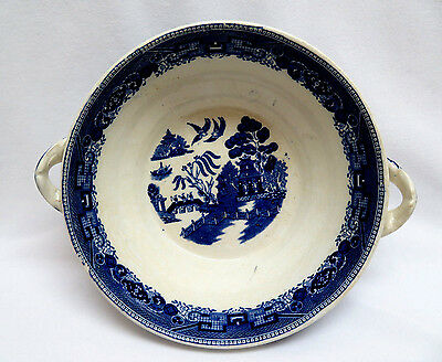 Buffalo Pottery U. S. A. ~ Blue Willow Round Vegetable Serving Bowl w/ Handles