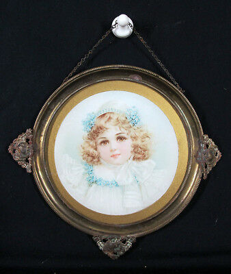 Antique Victorian Girl in Blue Round Glass Chimney Flue Cover Shield NR #16 yqz
