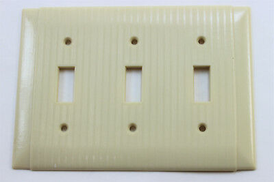 Vtg Uniline Ribbed Ivory Bakelite 3 Toggle Light Switch Triple Wall Plate Cover