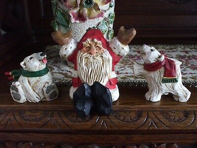 David Frykman Happy Santa Claus and Polar Bears in Scarves Carved Wood Look