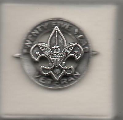 BSA  25-Year Veteran Pin, Round w/ Side Points, Silver-Toned Metal, Mint!