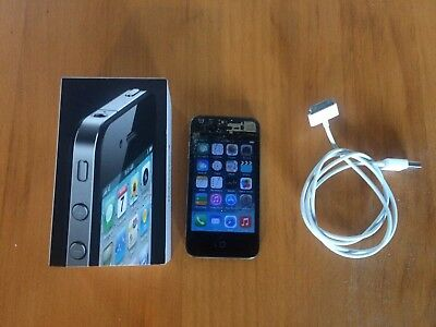 Apple iPhone 4 - 16GB - Black (Unlocked) A1332 (GSM) (CA) Used Cracked Screen