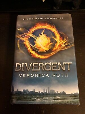 Divergent signed by veronica roth hardcover 2011 1595 picclick divergent divergent 1 by veronica roth 2011 hardcover fandeluxe Image collections