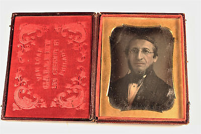 Daguerreotype Chic Man Portrait Unique Van Loan Gallery Philadelphia US c. 1850