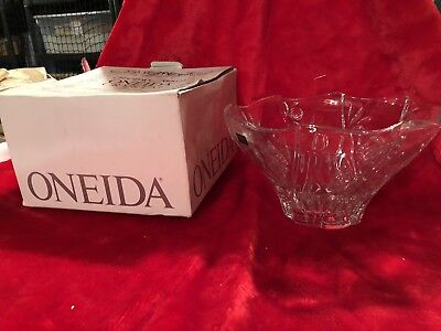 Oneida Ashley Rose Centerpiece Bowl 9.5 Crystal Cut Flowers Floral-EXCELLENT