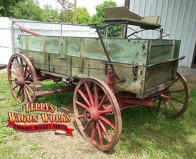 horse drawn wagon antique farm wheel chuck john deere wagon terrys wagon works