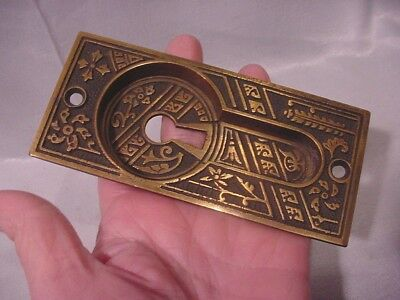 Antique hardware Aesthetic Style Door Plate with Keyhole Cross Flowers Bronze