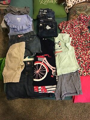lot of girls clothes size 7/8. 13 Pieces Of Spring summer