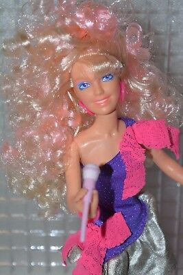 Vintage Hasbro Jem and the holograms doll Rock 'n Curl STUNNING hair! Perfect!!!