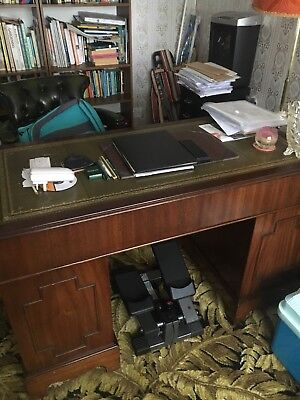Large Size Antique Style Mahogany Leather Top Twin Pedestal Writing Desk + Key