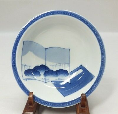 E972: Real Japanese OLD HIRADO blue-and-white porcelain bowl with good tone