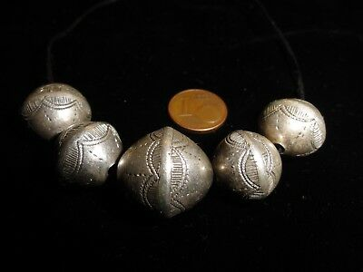 5 perles en argent Touareg collection African Trade Beads