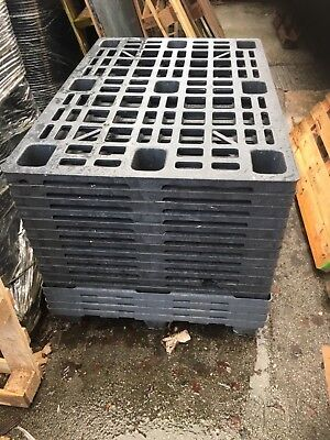 1000 x 1200 Interlocked Plastic Pallet