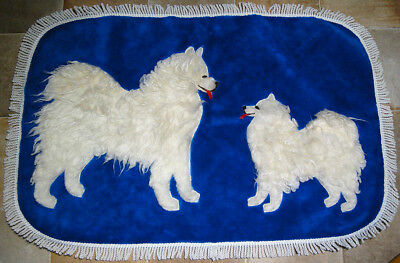 Vintage Samoyed Dogs Hand-Crafted Plush Fabric Throw/Rug with Fringe