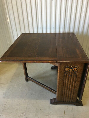 Antique Arts and Crafts gate-leg table, expandable, tiger oak, solid wood