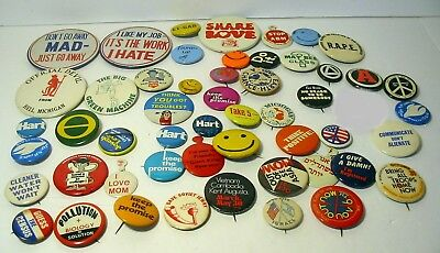 Large lot of 1960s Political and advertisement buttons.Vietnam,Jewish,Political.