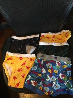 NWOT Gap/Gap Kids Boys Underwear Size Med and Sm Brief Style Lot of 5