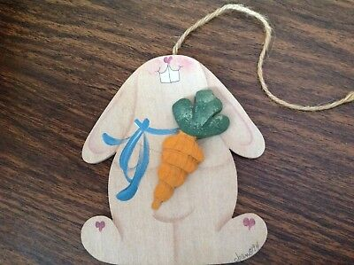 Longaberger Easter Basket Bunny Tie On, Hand Crafted, Signed, 3 D Carrot, New