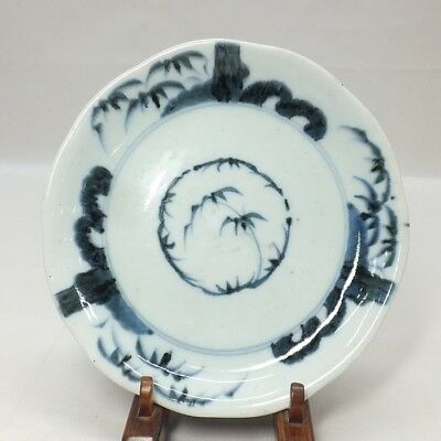 F049: Japanese old KO-IMARI blue-and-white porcelain ware plate in 1700's
