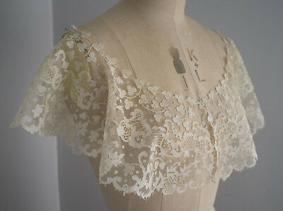 Antique 19th century Irish Carrickmacoss lace bertha