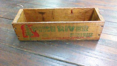 Vintage wood Pine River CHEESE CRATE WOODEN BOX NICE!