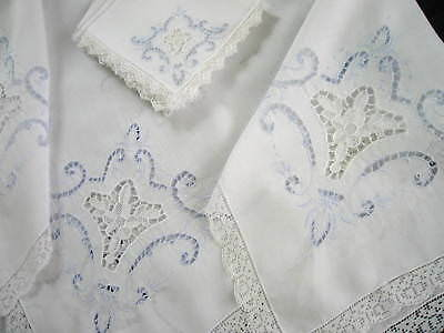 Antique Italian White Linen Point de Venise Lace Luncheon Tablecloth & 4 Napkins