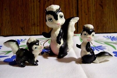 Vintage Miniature Mom & Babies Skunk Family Figurines Japan Stickers NICE