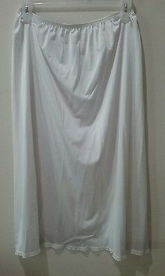 Vanity Fair Womens White Silky Satiny  Half Slip Skirt Sz L 28""