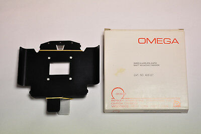 Omega #423-117 35mm carrier for C700, B600, B66 and B22 enlargers. NOS