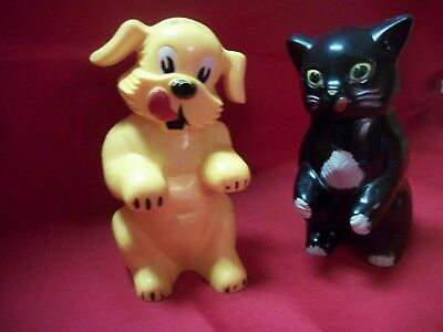 Vintage 1950's F & F Mold & Die Works Dog & Cat Salt & Pepper Shakers