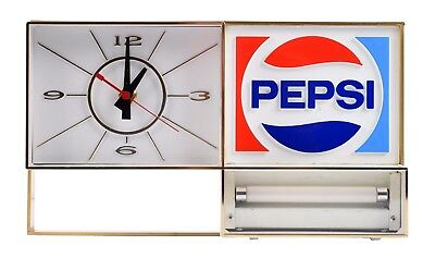 Vintage Pepsi Cola Light Up Clock 1970 EXCELLENT Advertising General Store retro