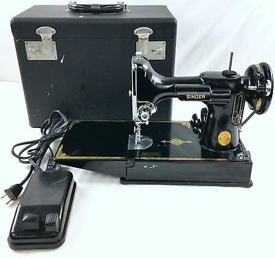 VINTAGE 40 SINGER Featherweight 40 Portable Sewing Machine Delectable Vintage Singer Portable Sewing Machine