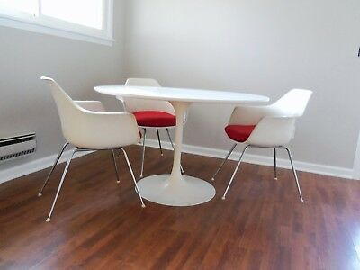 Vintage Mid Century Mod Burke Saarinen Knoll Era Tulip Table & Chairs Dining Set