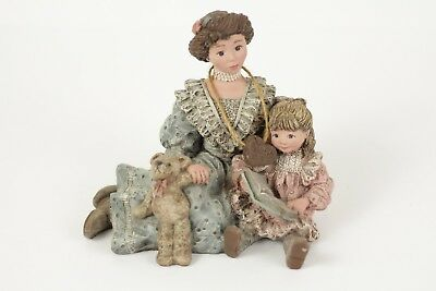 Sarah's Attic~LIFETIME FRIENDS~Members ONLY 1992 Piece-MOM AND DAUGHTER-figurine